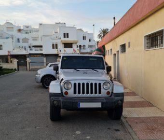 Aparcamiento en zonas comunes / Parkplatz im Club / Parking at the Club
